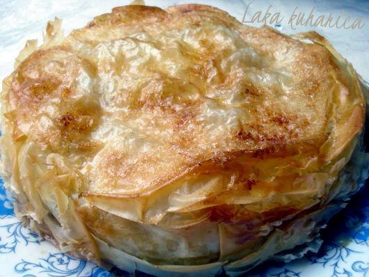 Pita s jabukama i kruškama :: Phyllo pie with apples and pears