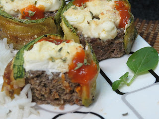 Rolinhos de Abobrinha Recheados com Carne Moída e Cream Cheese