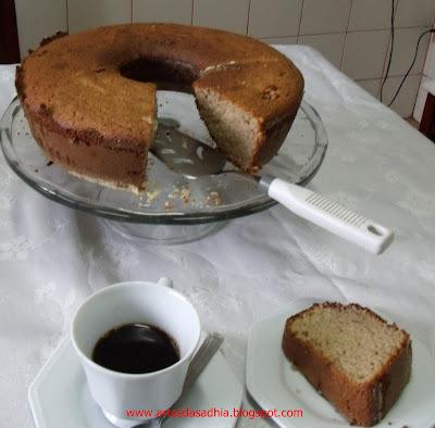 de bolo de banana com canela e farinha de rosca simples