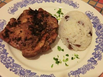 Fóliában sült csirkemell mazsolás jázmin rizzsel