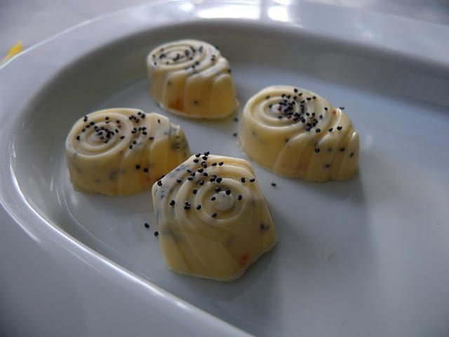 Fehércsokis mákos bonbon citromkrémmel