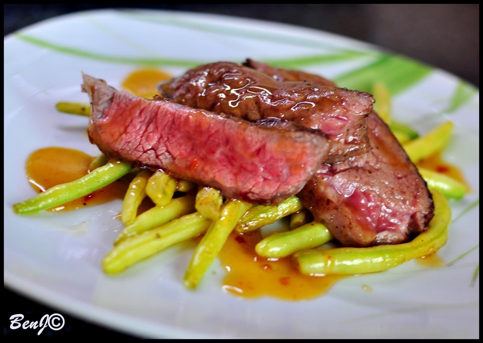 flank steak na zelenej fazuľke
