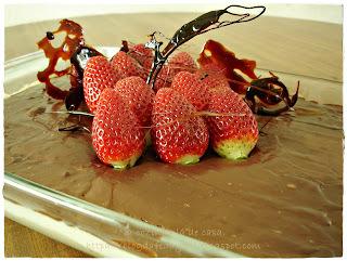 torta de bolacha maria com morango