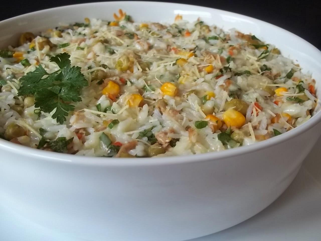 arroz com atum ralado
