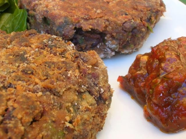 Chocolate Bean Burgers To Go - With Hot Chilli Sauce