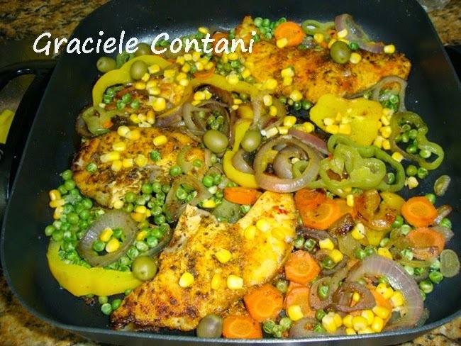 Peixe Cação com Legumes, de Graciele Contani