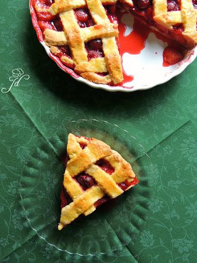 Pita od jagoda i trešanja