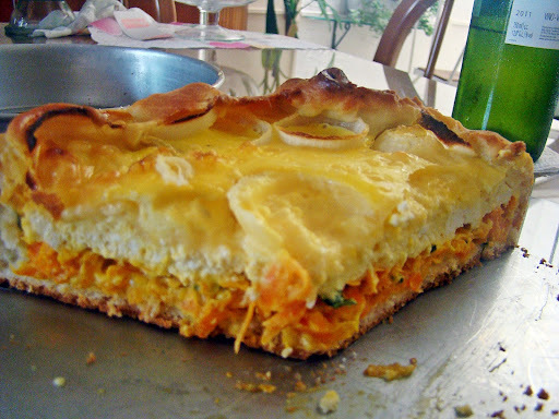 Torta de Cenoura, Cebola e Queijos