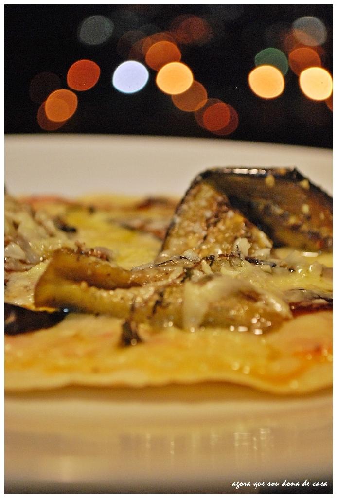 bráz inspired: pizza de berinjela marinada