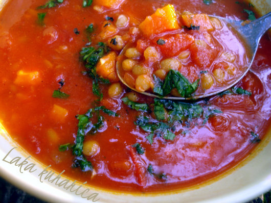 Juha s lećom i rajčicom :: Lentil and tomato soup