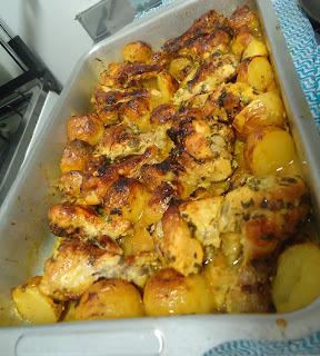 Receita: Frango com batatas no molho de laranja