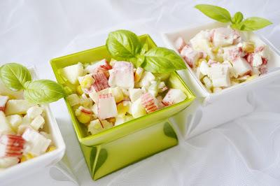 salat z krabych tyciniek
