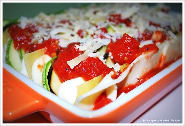 salada de berinjela e abobrinha no microondas