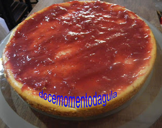Cheese Cake de Chocolate com Morangos
