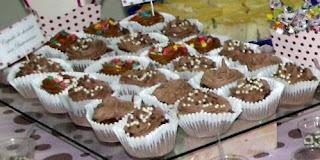 Cupcake de chocolate com Buttercream