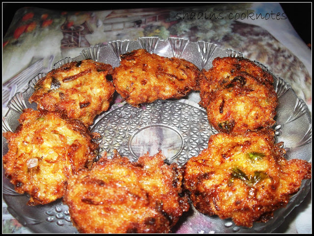 Chicken Ulli Vada (An on the spot recipe)