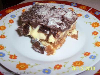 Pavê Olho de Sogra com Calda de Chocolate