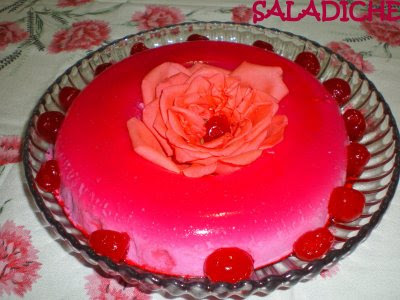Gelatina cor de rosa