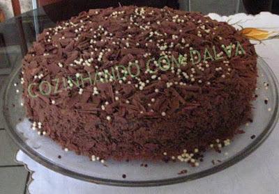 bolo nega maluca é com chocolate em pó ou nescau
