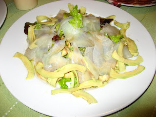 tonyina fresca amb carxofes