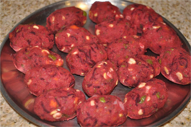 Vegetable Cutlet (with Beetroot) Chaat