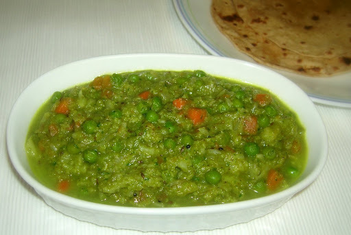 Cauliflower Carrot Peas Kootu