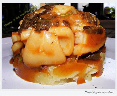 Un plato original y lleno de buen alimento: Timbal de pota entre algas