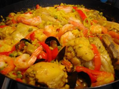 Paella al wok ( 6 personas)