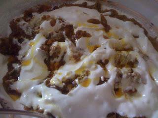 Festival de Comida do Afeganistão - Beringela doce e salgada com molho de iogurte