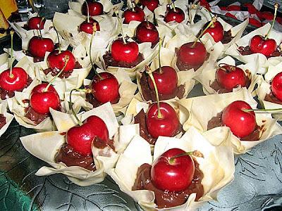 Confraria no Natal – Tortinhas de massa filo com ganache de chocolate com pimenta
