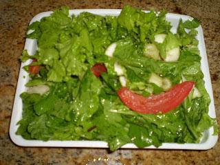 de salada de bacalhau com batata e couve e palmito