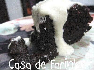 Bolo de Chocolate com côco (sem farinha)