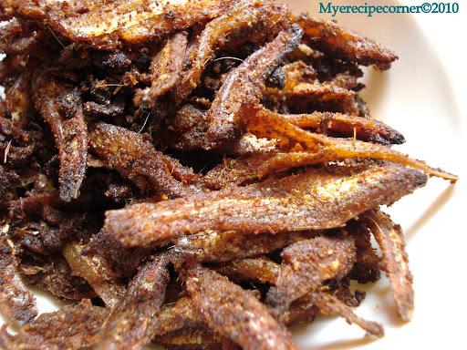 Nethili Karuvadu Varuval/ Dry Anchovies Fry