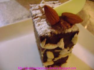 Bizcocho con capas de chocolate
