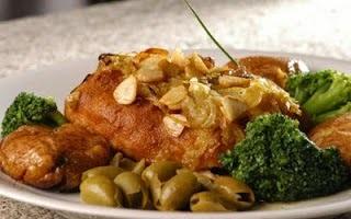 Bacalhau à Lagareiro...outra opção com essa delícia que é o bacalhau!