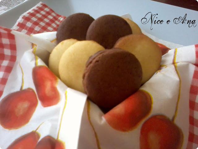 Biscoito Amanteigado e Biscoitinhos de Queijo