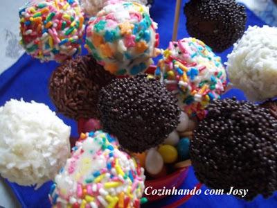 Pop Cakes de Panettone da Ana Maria