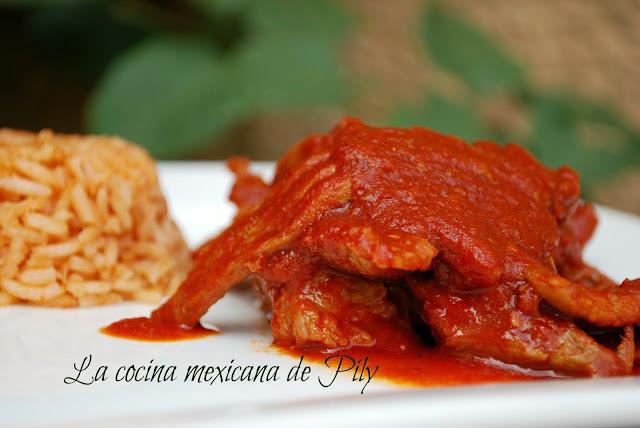 carne de res en chile rojo