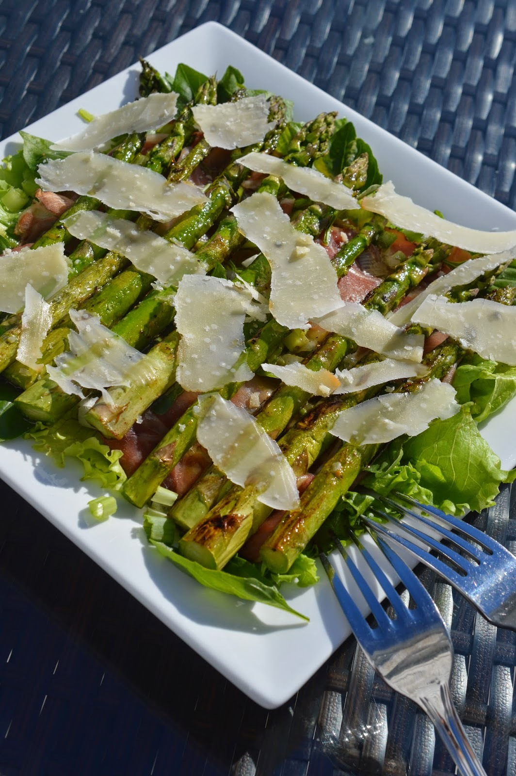 Salade d'asperge et de proscuitto
