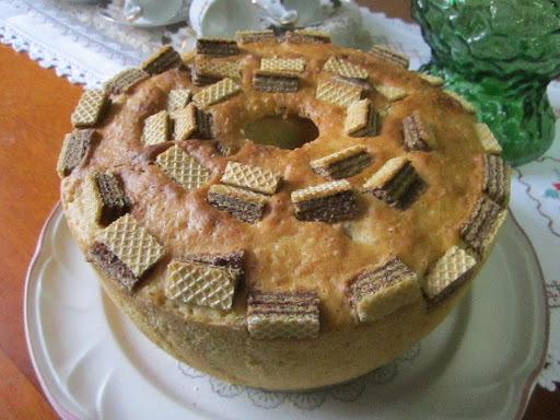 massa de bolo com biscoito wafer
