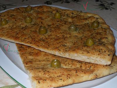 Torta de pan de ajo
