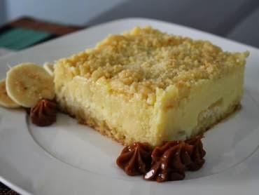 de torta de banana com massa de farofa