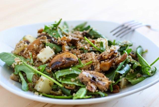 Receta: Quinoa con Espinaca, Champiñones y Queso de Cabra