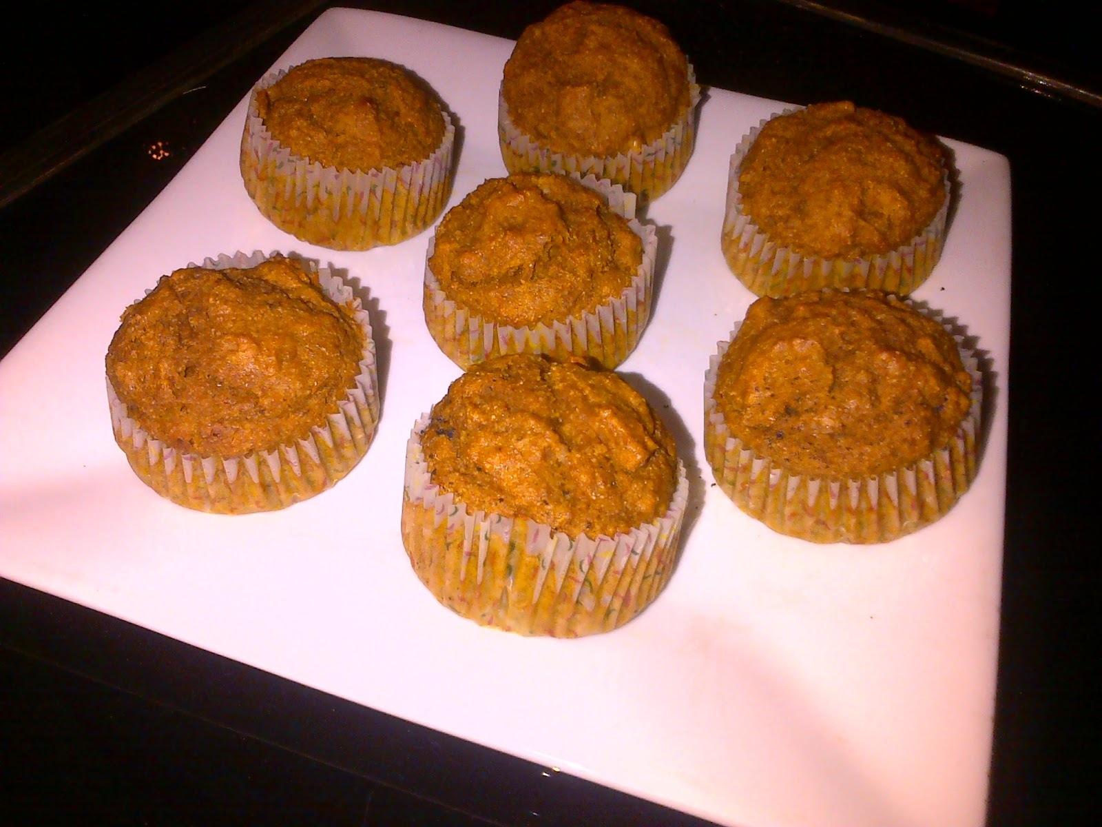 Muffins integrales de zapallo, canela y nuez