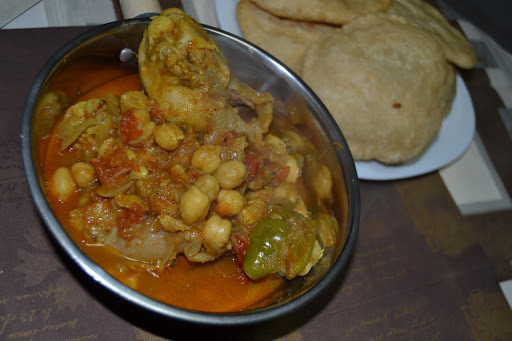 Murg Chanay - Chicken and Chickpeas Curry