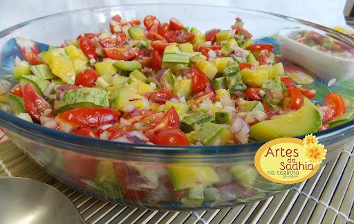 Salada de abóbrinha  para a  primavera quente