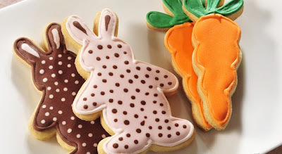 Aprenda como fazer biscoitos divertidos com glacê fluído