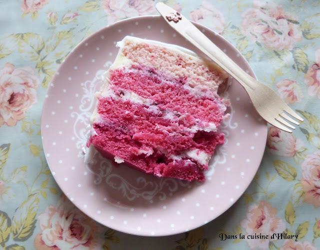 Pink ombré cake aux framboises et mascarpone / Raspberry and mascarpone pink ombré cake