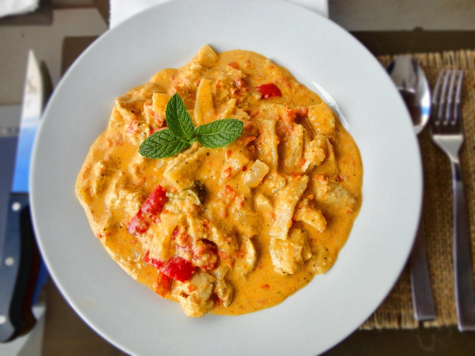 Pollo Tailandés en Curry Rojo