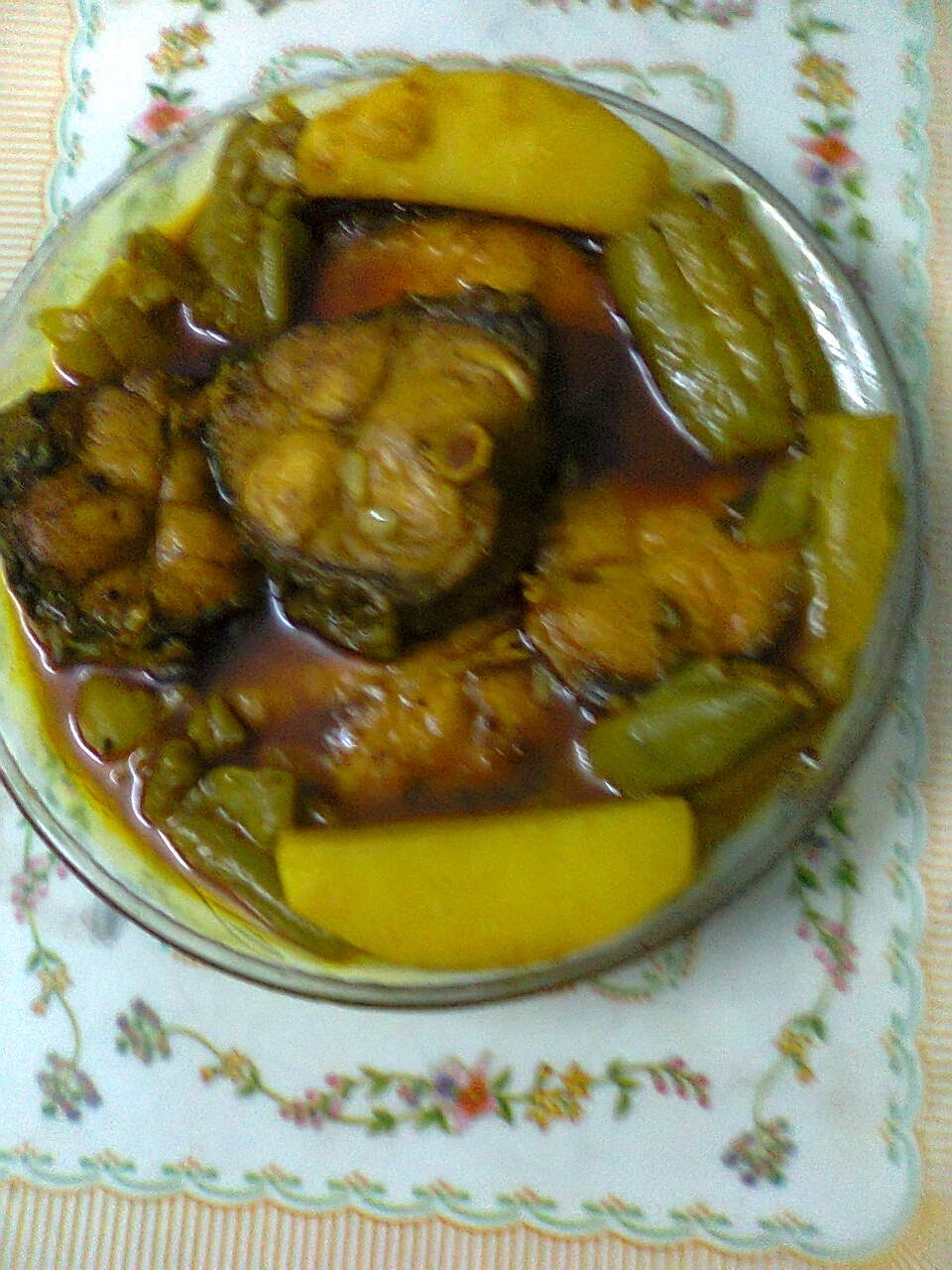 Light Gravy Of Rohu/Katla Fish With Potato And Ridge Gourd